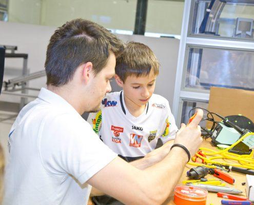 Kinder in die Technik