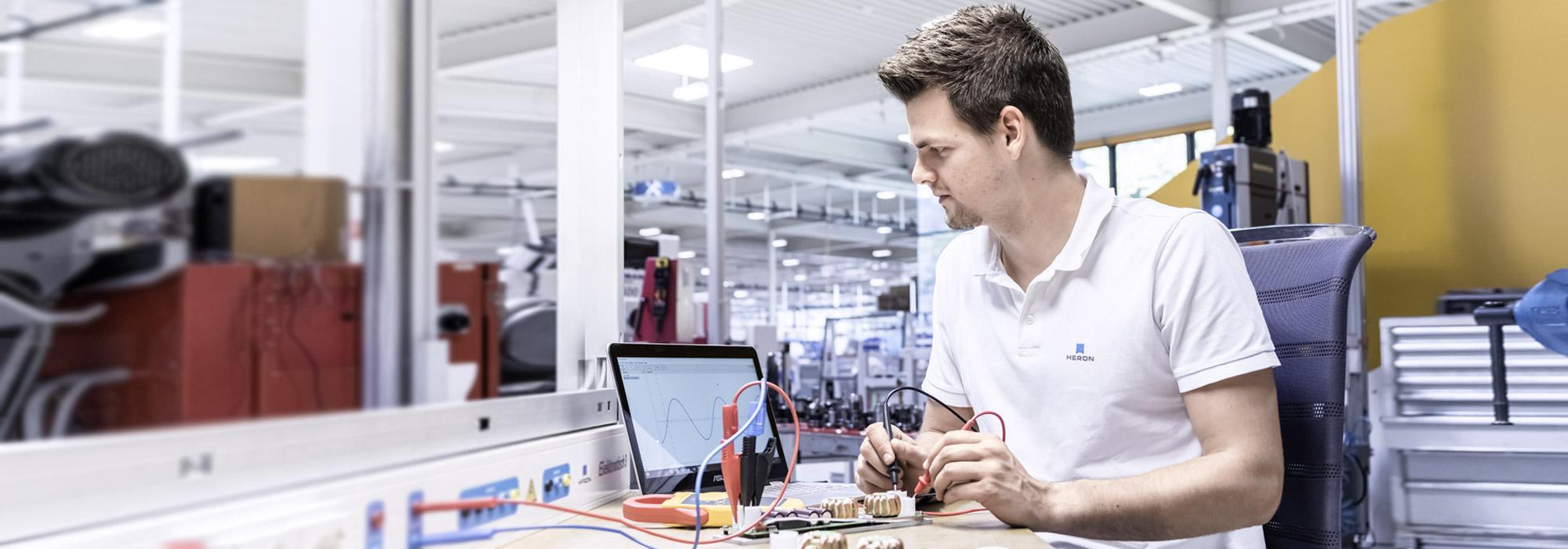 Elektrotechniker/in